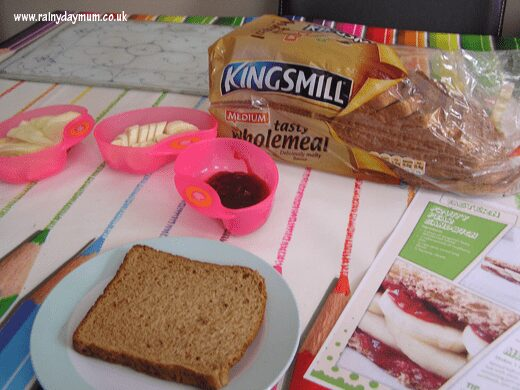 sandwich making station for toddlers