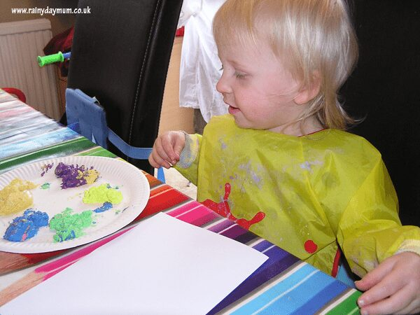 finger painting with toddlers