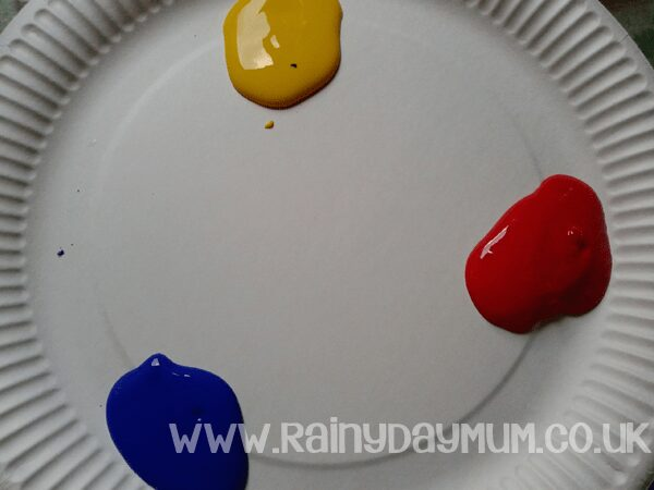 Colour mixing with ready mixed paints use a paper plate for easy clean up