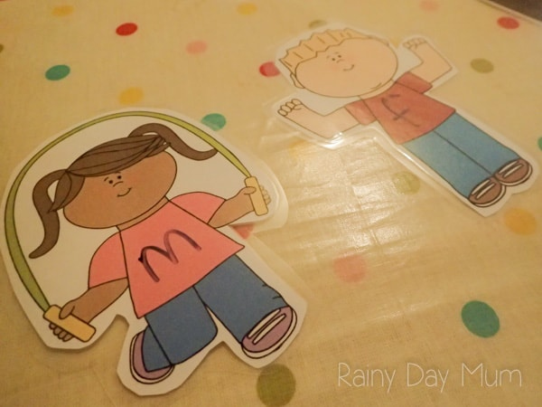 Help children to learn to read by segmenting and blending together words using letter sounds and our fun hands on Word Family Houses