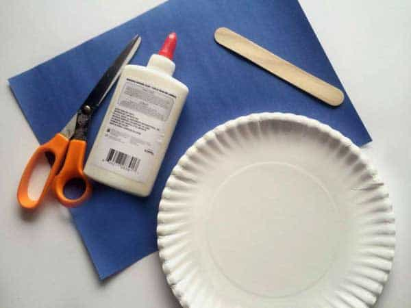 materials for making paper plate scuba mask