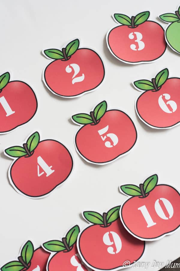 Work on the key concept in mathematics of number bonds with this free download of red and green counting apples to manipulate to make 10.