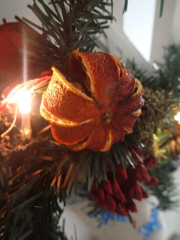 Full step-by-step instructions on how to dry your own whole oranges to create natural Christmas decorations for the home.