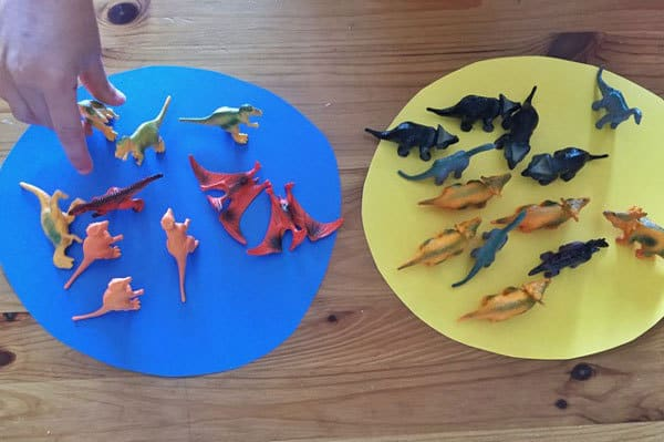 teaching preschoolers about classification using toy dinosaurs