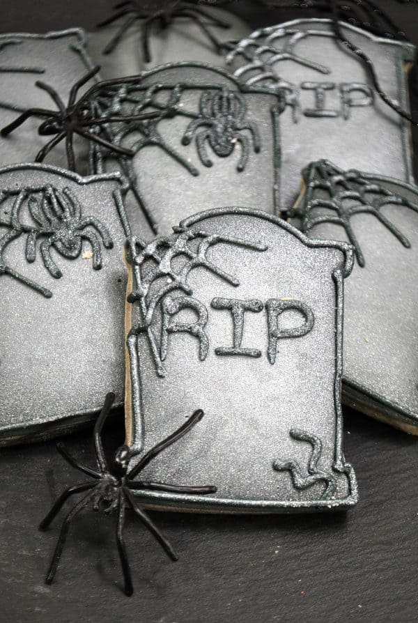 Fantastic Halloween Sugar Cookies in the Shape of Tombstones to Decorate with easy to follow instructions