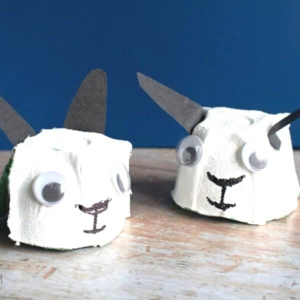 Egg Carton Lamb and Sheep Craft for Toddlers and Preschoolers