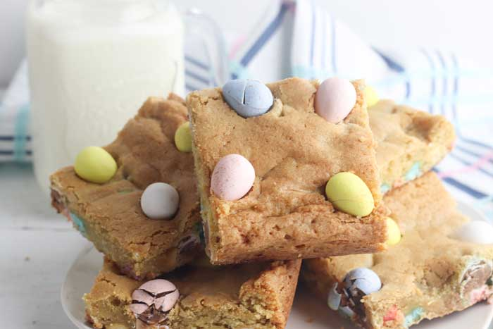 cadbury mini egg blondie cookie bars