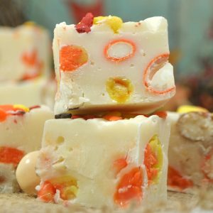 homemade easy halloween fudge with candy corn and pumpkin pie m&ms