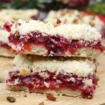 Yummy Cranberry Crumble Bars for Christmas Treats