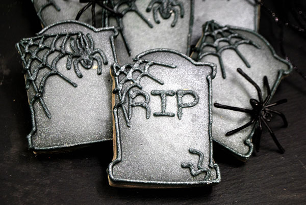 close up of a Halloween tombstone sugar cookie