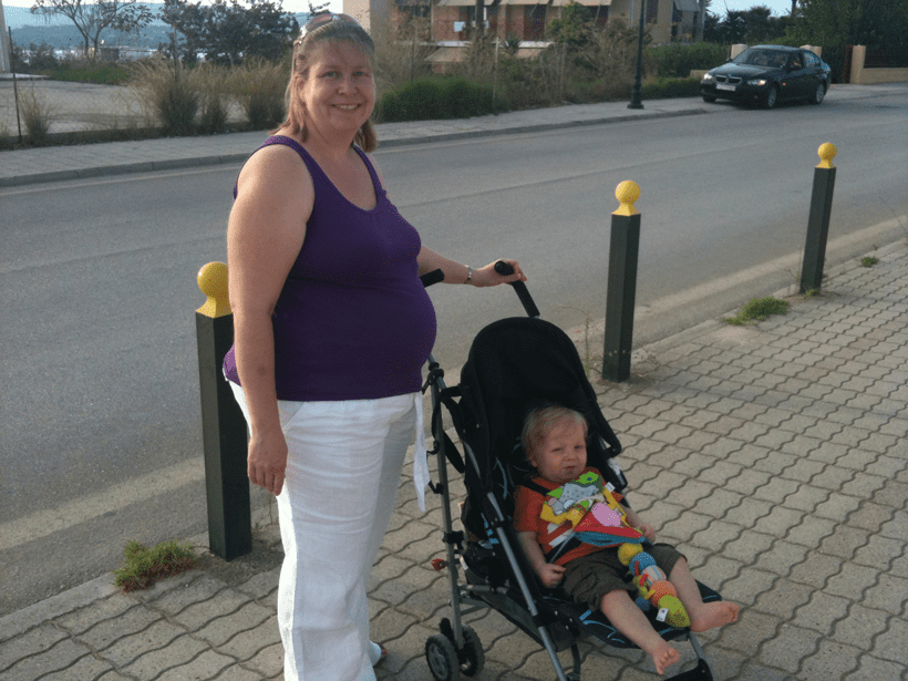 kefalonia with toddlers and pregnant mum exploring the island