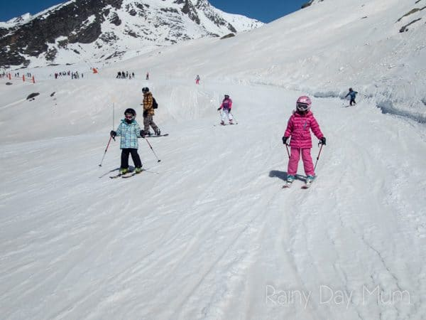 Val Thorens long flat runs ideal for kids learning to ski